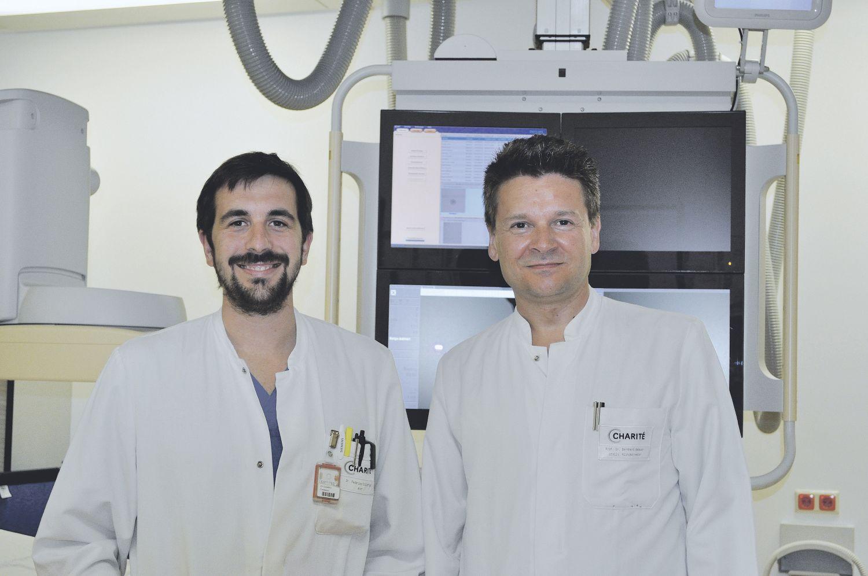 Dr. Federico Collettini und Prof. Dr. Bernhard Gebauer aus der Klinik für Radiologie der Charité in Berlin