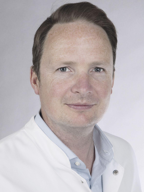 Priv. Doz. Dr. G. Salomon, Leitender Arzt